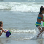 Top 5 Things a Mom Needs for a Beach Vacation