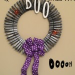Easy Clothes Pin Halloween Wreath