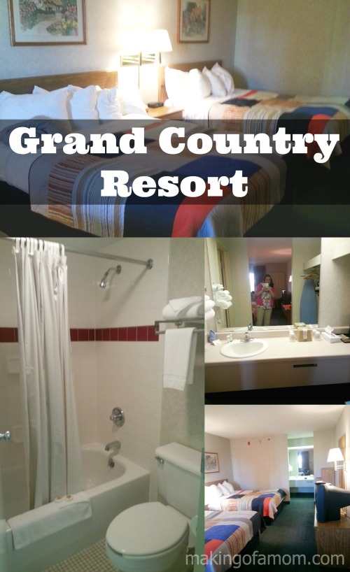 Grand-Country-Room