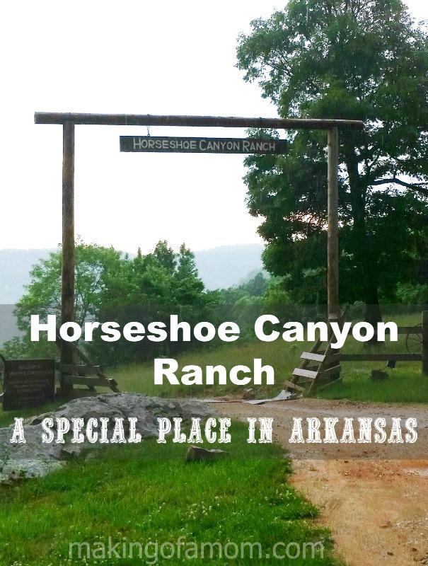 Horseshoe-Canyon-Ranch-Entrance