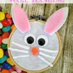 DIY Easter Bunny Wall Hanging