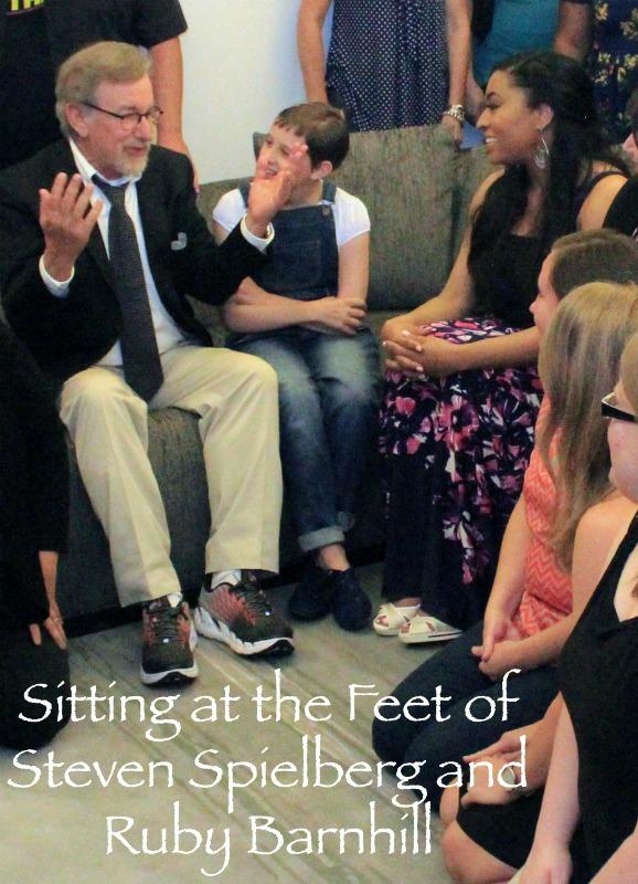 Sitting-Feet-Steven-Spielberg