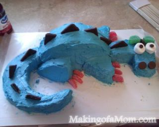 Enjoyable Check Out This Super Cute Dragon Cake Funny Birthday Cards Online Bapapcheapnameinfo