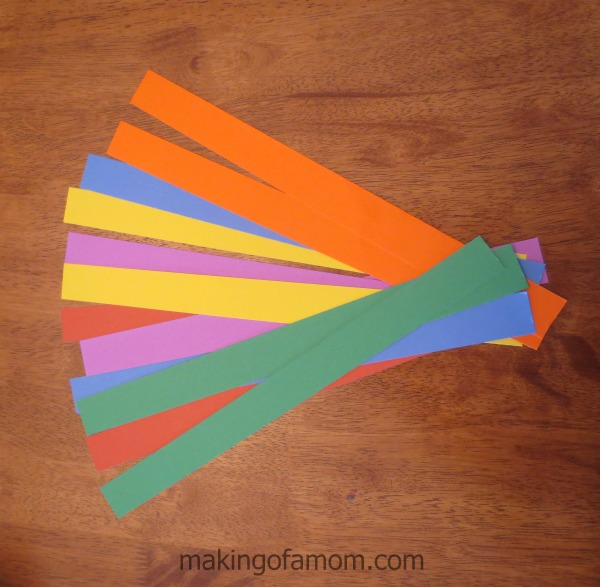 valentine-balloon-colored-strips