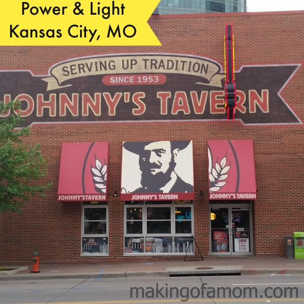 Johnnys-Tavern-Building