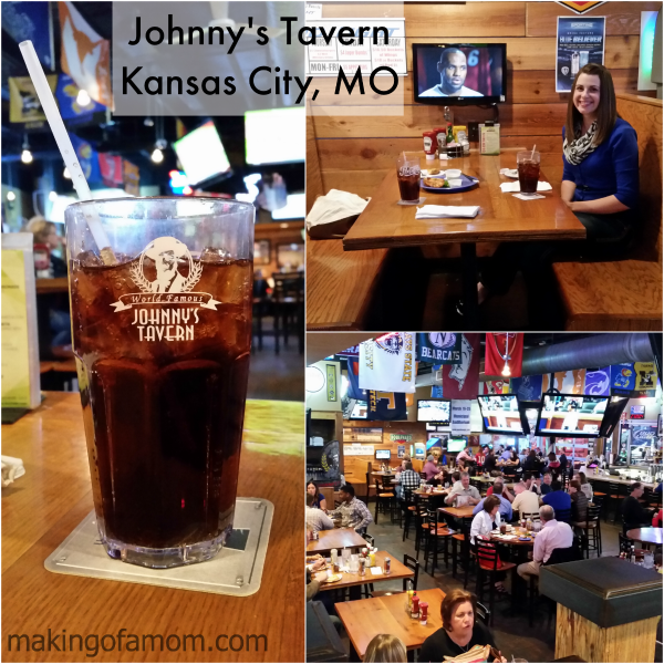 Johnnys-Tavern-Inside