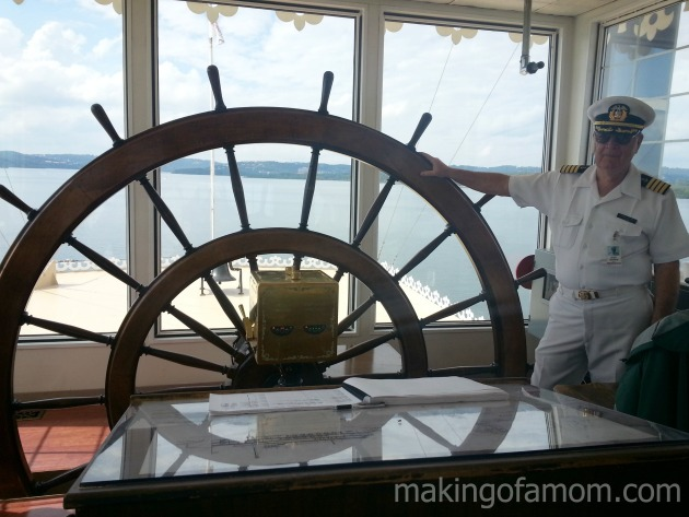 Captain-Wheel-Branson-Belle
