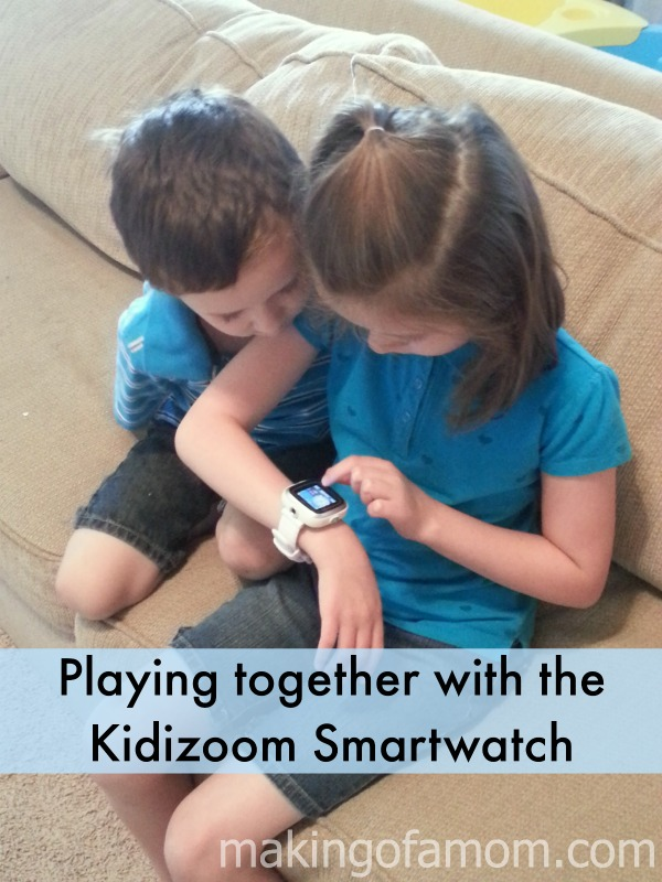 Playing-Kidizoom-Smartwatch