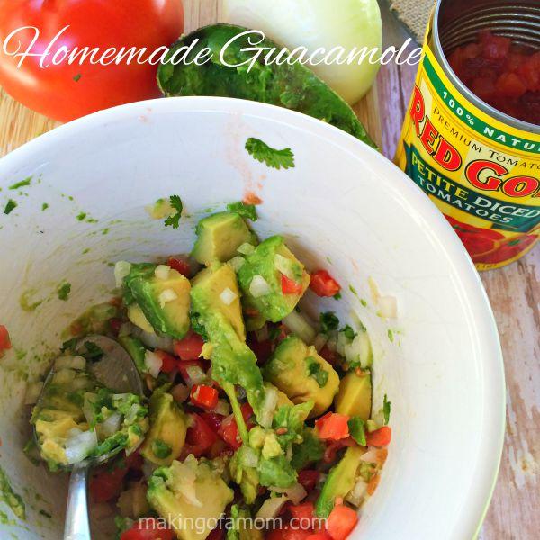 Homemade-Guacamole-Ingredients