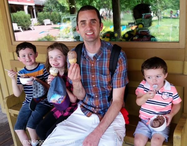 Family-Ice-Cream