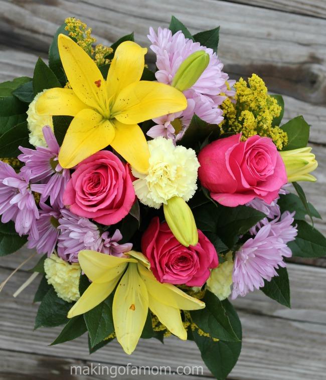 1800flowers-bouquet