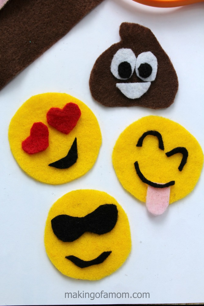 Emoji-Bookmarks-Assemble